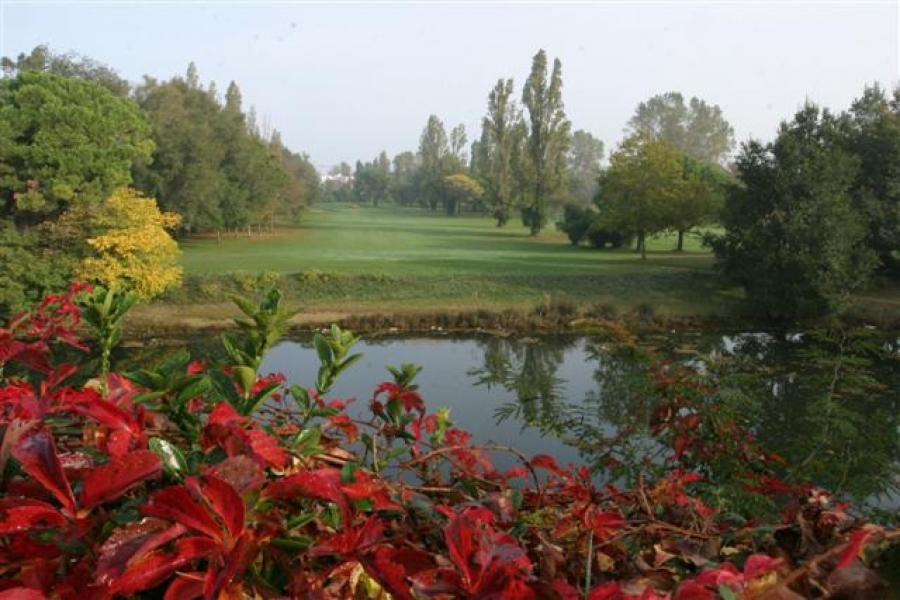 THE HISTORICAL GOLF COURSE